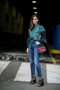 Модные женские джинсы 2019 - 2020: модные тенденции, актуальные новинки, 85 фото